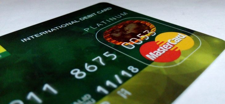 Congress convenes hearing on debit card fee cut proposal